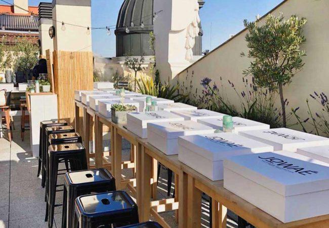 ¡Nuestro <strong>Alquiler de Mobiliario</strong> Triunfando en los Rooftops de la Capital!